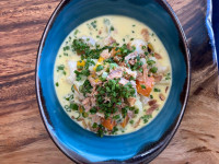 Ready Meal: Smoked haddock, prawn and corn chowder